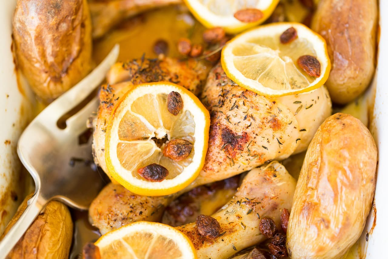 Geroosterde kip en aardappelen uit de oven