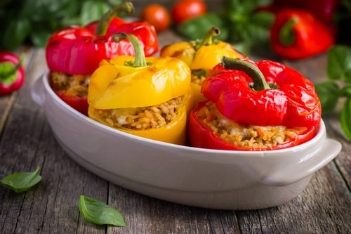 Gevulde paprika met linzen en gehakt
