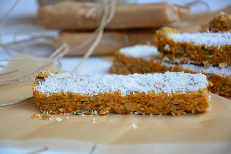 Suikervrije worteltaartrepen